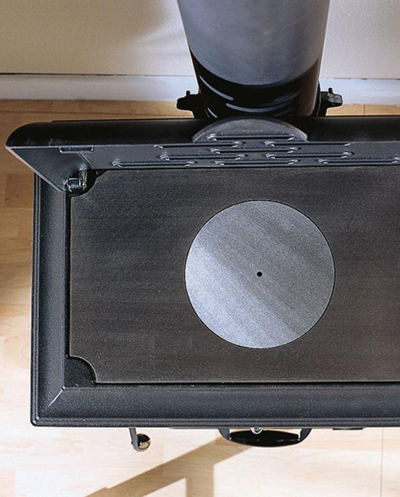 Isetta-poele-bois-et-plaque02